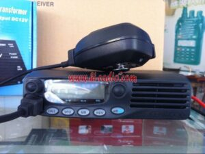 Kenwood TM-271A VHF TM-471A UHF Mobile Radio